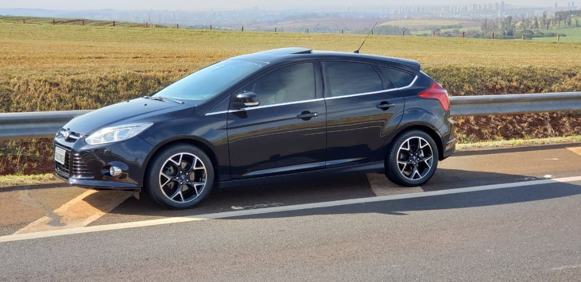 FORD FOCUS 2.0 TITANIUM HATCH 16V 2014