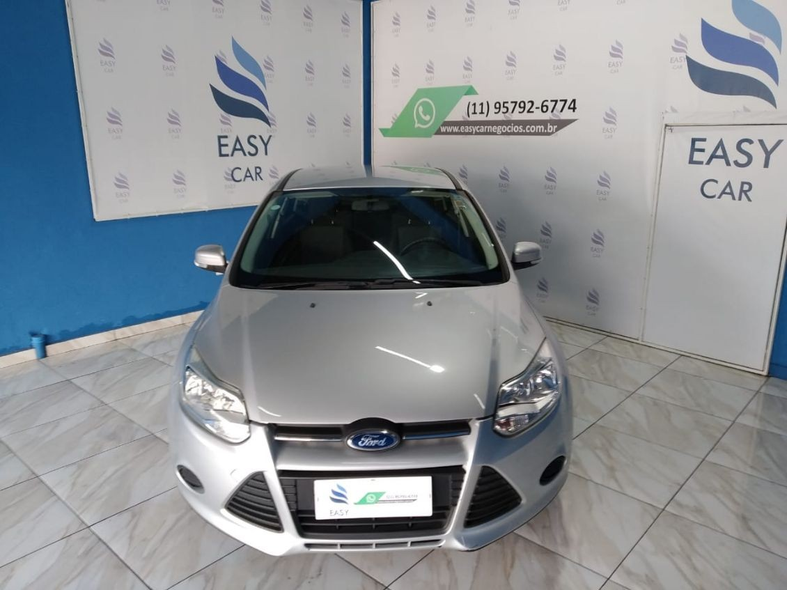 FORD FOCUS 1.6 S SEDAN 16V 2014