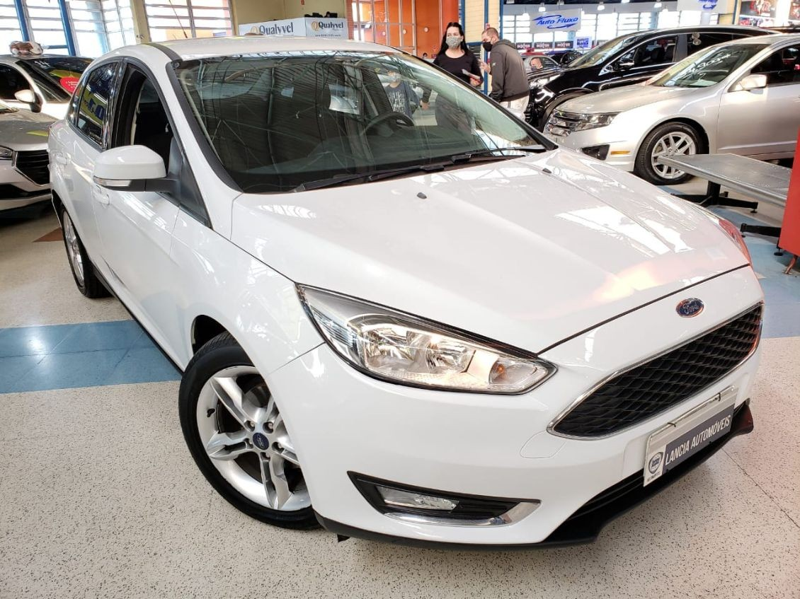 FORD FOCUS 2.0 SE PLUS SEDAN 16V 2016
